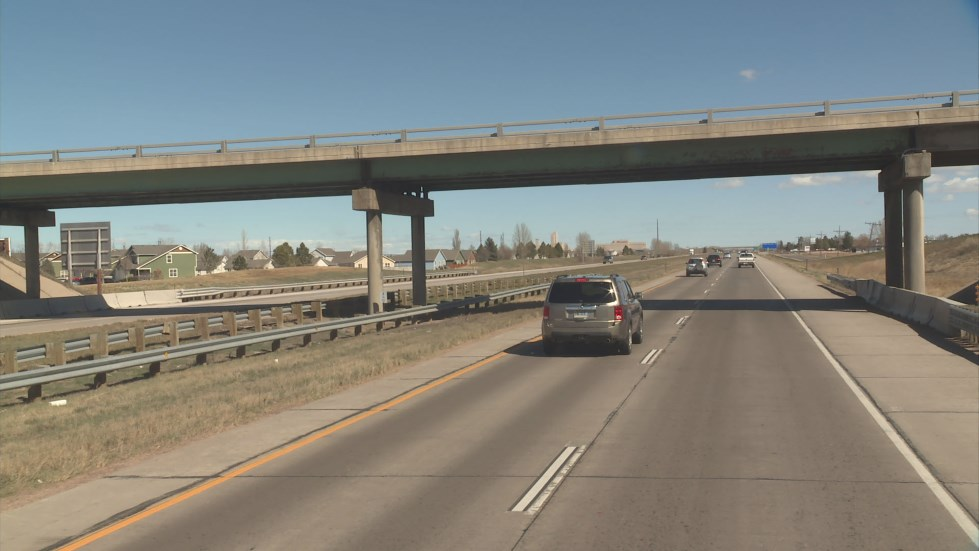 Approaching the Vine Drive bridge on I-25